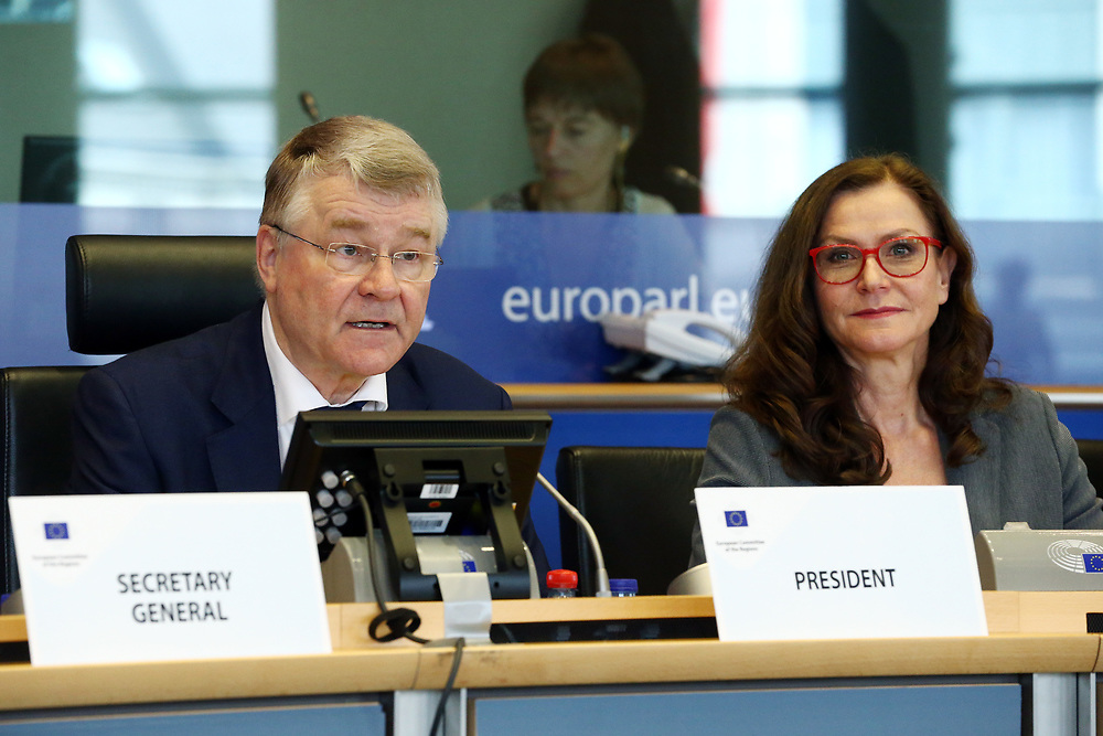 12 May 2017, 123rd Plenary Session of the European Committee of the Regions <br /> Belgium - Brussels - May 2017 <br /> <br /> Mr Markku Markkula, President of the European Committee of the Regions (CoR) and Ms Gudrun Mosler-Tornstrom, President of the Congress of the Council of Europes<br /> <br /> <br /> &copy; European Union / Patrick Mascart