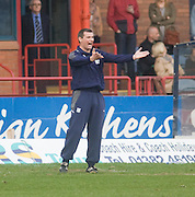 Dundee manager Barry Smith - Dundee v Raith Rovers, Irn Bru Scottish Football League First Division at Dens Park..© David Young - 5 Foundry Place - Monifieth - DD5 4BB - Telephone 07765 252616 - email; davidyoungphoto@ggmail.com - web; davidyoungphoto.co.uk