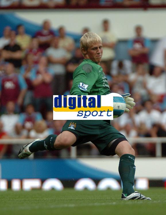 Photo: Tony Oudot. <br /> West Ham United v Manchester City. Barclays Premiership. 11/08/2007. <br /> Kasper Schmeichel of Manchester City
