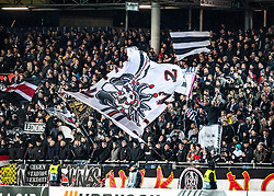 27.02.2020, Linzer Stadion, Linz, AUT, UEFA EL, LASK vs AZ Alkmaar, Sechzehntelfinale, im Bild LASK Fans feiern // LASK Fans feiern during the UEFA Europa League round of the last 32, 2nd leg match between LASK and AZ Alkmaar at the Linzer Stadion in Linz, Austria on 2020/02/27. EXPA Pictures © 2020, PhotoCredit: EXPA/ Reinhard Eisenbauer