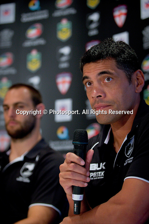 New Zealand coach Stephen Kearney (R) and New Zealand captain Simon Mannering (L) during a preview 4 Nations press conference, Brisbane Australia on October 24, 2014.
