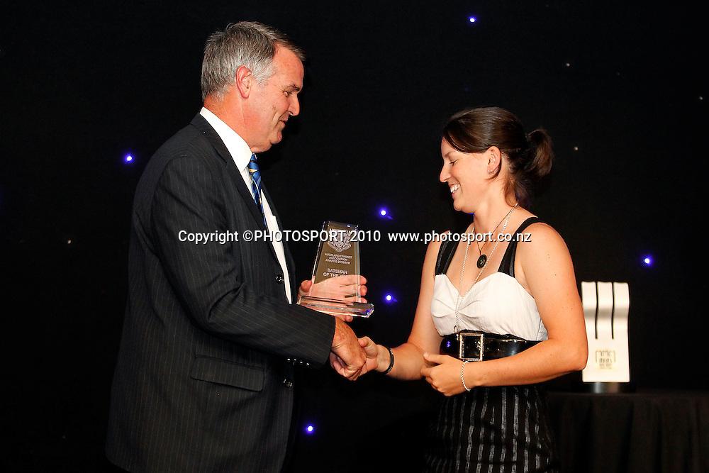 Women's Batsman of the Year Holly Huddleston, presented by Gary Troup. Auckland Cricket Awards Dinner, Eden Park South Stand, Thursday 14 April 2011. Photo: Simon Watts/photosport.co.nz