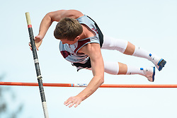 Men's pole vault from the 2016 Eason Invitational track and field meet at Snohomish High School.