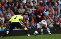 Photo: Rich Eaton.<br /> <br /> Aston Villa v Chelsea. The FA Barclays Premiership. 02/09/2007. Aston Villa's Gabriel Agbonlahor (r) takes on Chelsea's Ashley Cole (l).