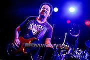 Frankfurt am Main | 11.11.2010..Gitarrist Steve Lukather (Toto) mit seiner eigenen Band live auf der Buehne in der Batschkapp in Frankfurt am Main...©peter-juelich.com..[No Model Release | No Property Release]