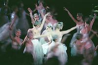 Roberta Marquez as Odette. Royal ballet