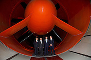 King Willem-Alexander brings a working visit to the NLR DNW wind tunnel where a Chinese passenger pl