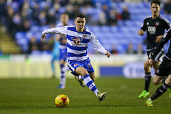 Liam Kelly of Reading in action - Mandatory by-line: Jason Brown/JMP - 14/02/2017 - FOOTBALL - Madejski Stadium - Reading, England - Reading v Brentford - Sky Bet Championship