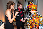 YASMIN LEBON; SIMON LEBON; CAMILLA BATMANGHELIDJH, Harper's Bazaar Women Of the Year Awards 2011. Claridges. Brook St. London. 8 November 2011. <br /> <br />  , -DO NOT ARCHIVE-© Copyright Photograph by Dafydd Jones. 248 Clapham Rd. London SW9 0PZ. Tel 0207 820 0771. www.dafjones.com.