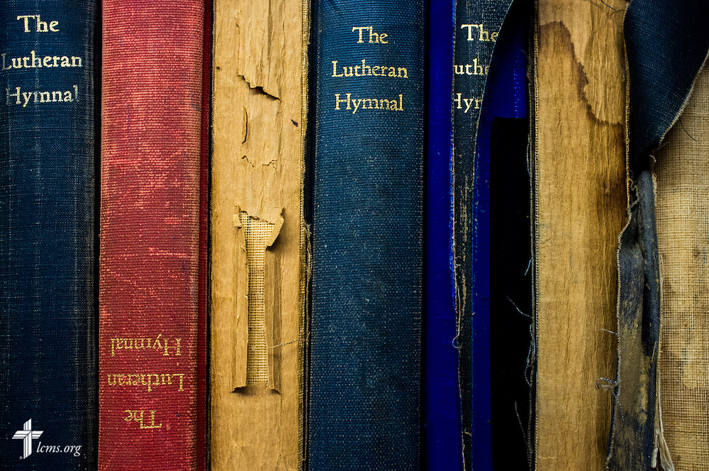 Lutheran hymnals in various states of disrepair line the bookshelves of El Calvario Lutheran Church on Sunday, April 17, 2016, in Brownsville, Texas. LCMS Communications/Erik M. Lunsford