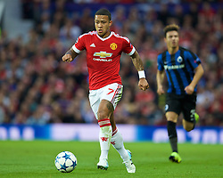 MANCHESTER, ENGLAND - Tuesday, August 18, 2015: Manchester United's Memphis Depay in action against Club Brugge during the UEFA Champions League Play-Off Round 1st Leg match at Old Trafford. (Pic by David Rawcliffe/Propaganda)