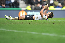 Derby County's Chris Martin cuts a dejected figure - Photo mandatory by-line: Dougie Allward/JMP - Mobile: 07966 386802 - 17/01/2015 - SPORT - Football - Derby - iPro Stadium - Derby County v Nottingham Forest - Sky Bet Championship