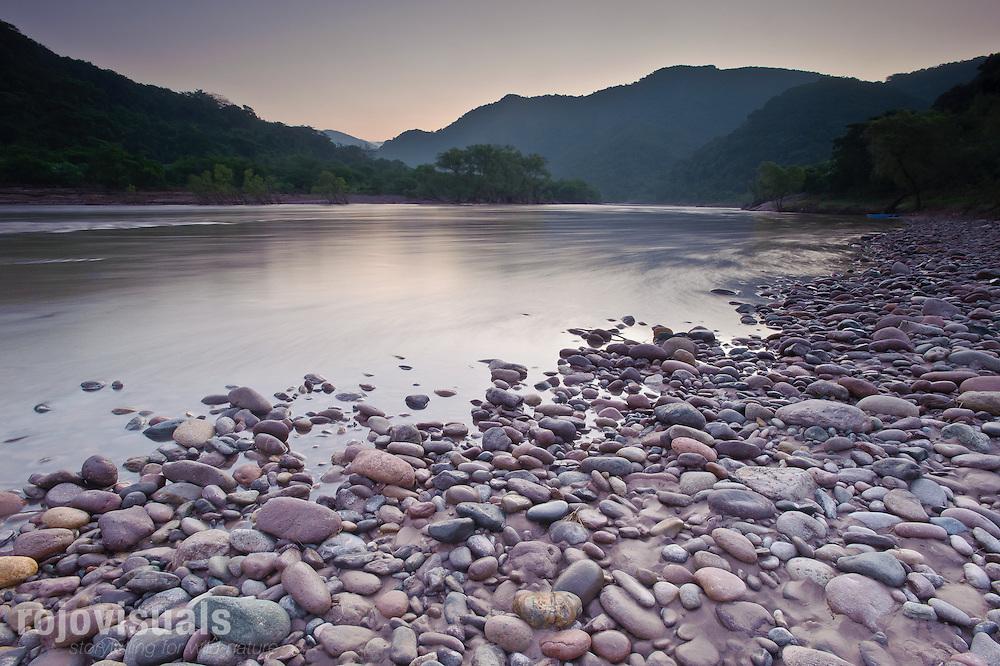 Rio San Pedro, cerca de El Venado.<br /> Nayarit. Mexico.
