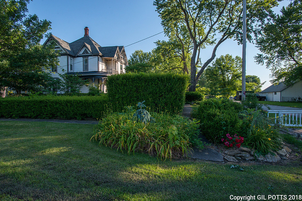 Davis Home Garden City, Missouri Davis Home