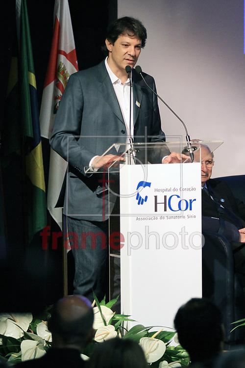 FOTO MARCELO D'SANTS/FRAME - Na manhã desta quinta-feira, 23/01/2014, na capital paulista aconteceu a inauguração do Edifício Dr. Adib Jatene, que passa a integrar o complexo do HCor, é o primeiro evento que reúne o Prefeito de SP Fernando Haddi, Alexandre Padilha (PT) Michel Temer Vice-presidente do Brasil, Governador Geraldo Alckmin (PSDB),a representante do conselho do HCor Téia, Adib Jatene, Paulo Skaf (PMDB).