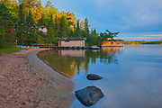 Cottages on Kendall Inlet of Lake of The Woods<br />