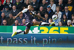 NORWICH, ENGLAND - Saturday, September 29, 2012: Liverpool's Glen Johnson in action against Norwich City during the Premiership match at Carrow Road. (Pic by David Rawcliffe/Propaganda)