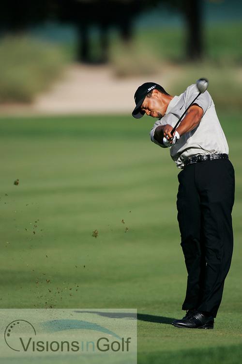 Tiger Woods on the 10th hole<br /> Dubai Desert Classic, Emirates GC, UAE. 3rd Febraury 2006, day 2<br /> Mandatory Photo Credit: Mark Newcombe / visionsingolf.com