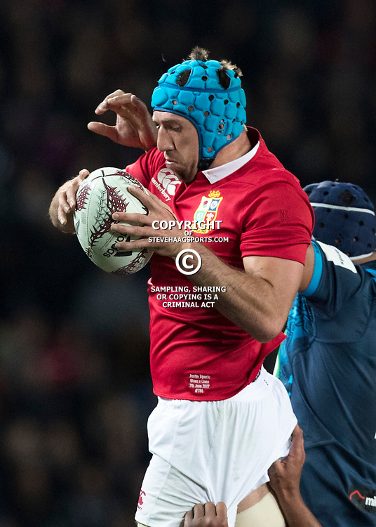 Justin Tipuric, Eden Park, Auckland game 2 of the British and Irish Lions 2017 Tour of New Zealand,The match between the Auckland Blues and British and Irish Lions, Wednesday 7th June 2017   <br /> <br /> (Photo by Kevin Booth Steve Haag Sports)<br /> <br /> Images for social media must have consent from Steve Haag
