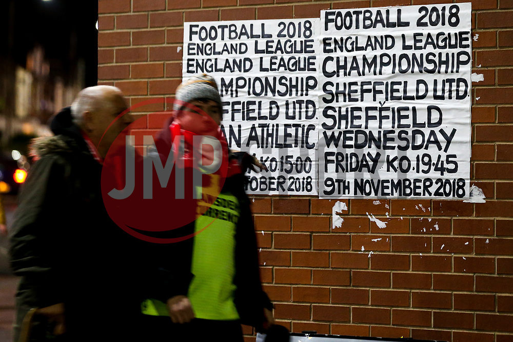 Fans arrive at Bramall Lane ahead of Sheffield United v Sheffield Wednesday in the Sky Bet Championship - Mandatory by-line: Robbie Stephenson/JMP - 09/11/2018 - FOOTBALL - Bramall Lane - Sheffield, England - Sheffield United v Sheffield Wednesday - Sky Bet Championship