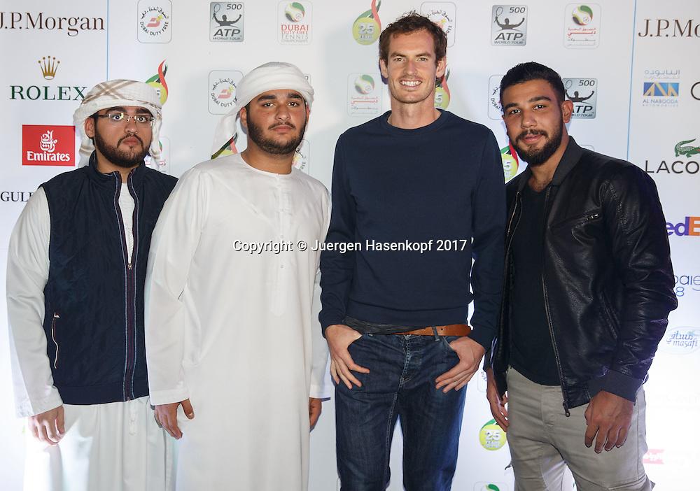 ANDY MURRAY (GBR) mit arabischen Gaesten bei der  Players Party<br /> <br /> Tennis - Dubai Duty Free Tennis Championships - ATP -  Players Party - Dubai -  - United Arab Emirates  - 28 February 2017. <br /> &copy; Juergen Hasenkopf