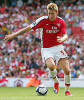 Arsenal FC vs Portsmouth FC Premiership 22/08/09<br /> Photo Nicky Hayes Fotosports International<br /> Arsenal striker Nicklas Bendtner in action.
