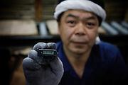 "Kawamata, May 30 2011 - .(eng) Chuichi Watanabe, 48..""I am not frightened to come here to work, but to say the truth I don't know if it's dangerous. I think 20msv/year is low. The problem is that we don't know what we received on March 15, the day of the explosion at the plant. We will never know the total amount of radioactivity that we received."".Its individual dosimeter displays 0.148 msv for the last 40 days, equivalent to the admissible dose for the civil population in France...(fr) Chuichi Watanabe, 48 ans, est ouvrier a l'usine. .""Je n'ai pas peur de venir travailler ici mais a vrai dire je ne sais pas trop. Je pense que 20msv c'est une dose faible, donc ça va. Le probleme c'est qu'on ne connait pas la dose reçue le 15 mars lors de l'explosion. Nous n'aurons donc jamais la dose total."" .Son dosimètre indique 0.148 msv pour les 40 derniers jours, soit une exposiion equivalente a la limite admissible en France pour les civils."