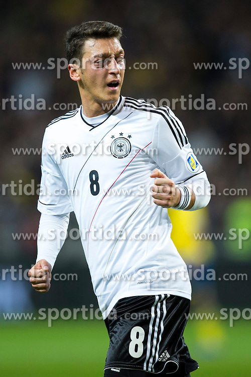 15.10.2013, Friends Arena, Stockholm, SWE, FIFA WM Qualifikation, Schweden vs Deutschland, Gruppe C, im Bild, Germany 8 Mesut &Ouml;zil celebrates the 1-2 goal // during the FIFA World Cup Qualifier Group C Match between Sweden and Germany at the Friends Arena, Stockholm, Sweden on 2013/10/15. EXPA Pictures &copy; 2013, PhotoCredit: EXPA/ PicAgency Skycam/ Michael Campanella<br /> <br /> ***** ATTENTION - OUT OF SWE *****