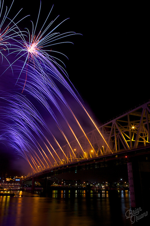 On Labor Day for the past 30 years, the Cincinnati riverfront lights up with an impressive fireworks display, courtesy of Rozzi's Famous Fireworks and WEBN