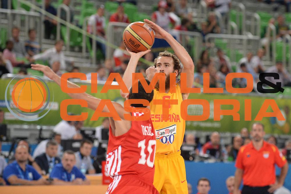 DESCRIZIONE : Lubiana Ljubliana Slovenia Eurobasket Men 2013 Finale Terzo Quarto Posto Spagna Croazia Final for 3rd to 4th place Spain Croatia<br /> GIOCATORE : Sergio Rodriguez<br /> CATEGORIA : tiro shot<br /> SQUADRA : Spagna Spain<br /> EVENTO : Eurobasket Men 2013<br /> GARA : Spagna Croazia Spain Croatia<br /> DATA : 22/09/2013 <br /> SPORT : Pallacanestro <br /> AUTORE : Agenzia Ciamillo-Castoria/M.Ceretti<br /> Galleria : Eurobasket Men 2013<br /> Fotonotizia : Lubiana Ljubliana Slovenia Eurobasket Men 2013 Finale Terzo Quarto Posto Spagna Croazia Final for 3rd to 4th place Spain Croatia<br /> Predefinita :