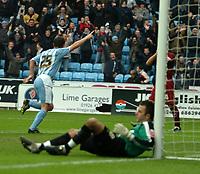 Photo: Ed Godden.<br />Coventry City v Brighton & Hove Albion. Coca Cola Championship. 04/02/2006.<br />Dennis Wise celebrates making it 1-0 for Coventry.