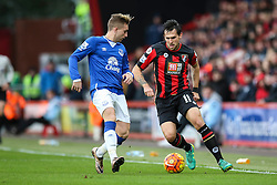 Charlie Daniels of Bournemouth under pressure from Gerard Deulofeu of Everton - Mandatory by-line: Jason Brown/JMP - Mobile 07966 386802 28/11/2015 - SPORT - FOOTBALL - Bournemouth, Vitality Stadium - AFC Bournemouth v Everton - Barclays Premier League