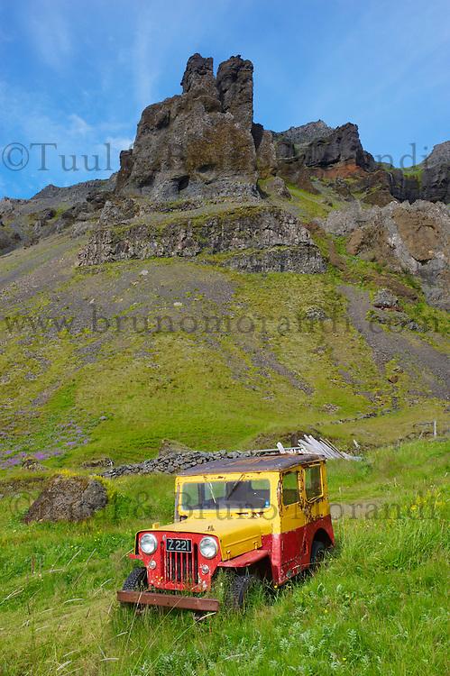 Islande, Ancienne voiture a Nupsstadur // Iceland, Old car at Nupsstadur