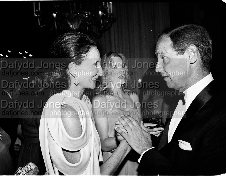 Jacqueline de Ribes and Count Giovanni Volpi de Misurata. Save Venice Ball. Venice. 1991. © Copyright Photograph by Dafydd Jones 66 Stockwell Park Rd. London SW9 0DA Tel 020 7733 0108 www.dafjones.com