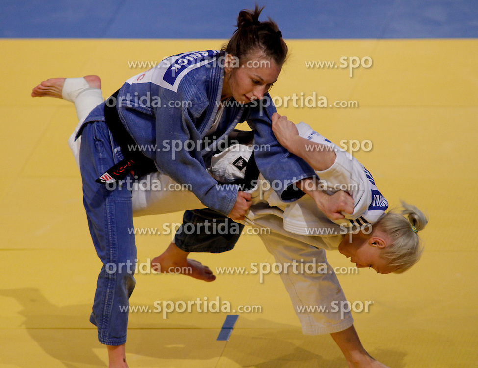 22.04.2010, Ferry Dusika Stadion, Wien, AUT, Judo European Championships, Charline Van Snick (BEL) vs Liudmilla Bogdanova (RUS), during Judo European Championships 2010, EXPA Pictures 2010, Photographer EXPA/S. Trimmel / SPORTIDA PHOTO AGENCY
