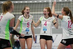 20190131 NED: Semi Final Cup Sliedrecht Sport - Eurosped, Sliedrecht <br />Kirsten Wessels (5) of Team Eurosped Twente, Eline Gommans (4) of Team Eurosped Twente<br />©2019-FotoHoogendoorn.nl / Pim Waslander