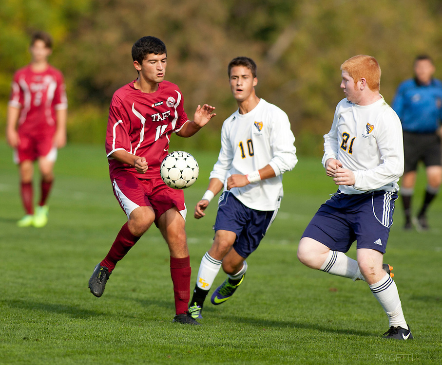 Taft School-October 12, 2013- Boys Varsity Soccer v Trinity-Pawling. (Photo by Robert Falcetti)