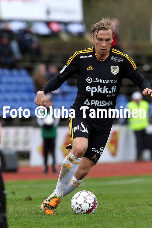 14.5.2015, Keskuskenttä. Seinäjoki.<br /> Veikkausliiga 2015.<br /> Seinäjoen Jalkapallokerho - Vaasan Palloseura.<br /> Henri Aalto - SJK