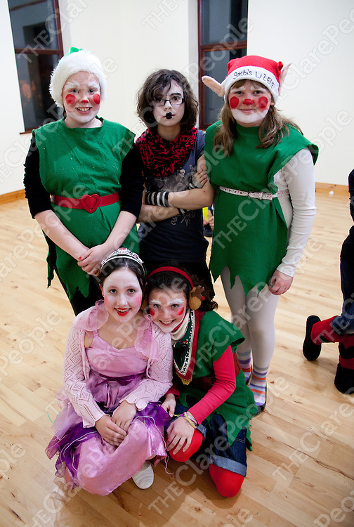 22.12.11<br /> Scoil na Mainistreach, Quin Christmas Play at the Quin Community Centre. Attending the event were, Siobhain Frain, Orla Banting, Ciara Burns, Ellen Moriarty and Clara de Sousa<br /> . Picture: Alan Place/Press 22.