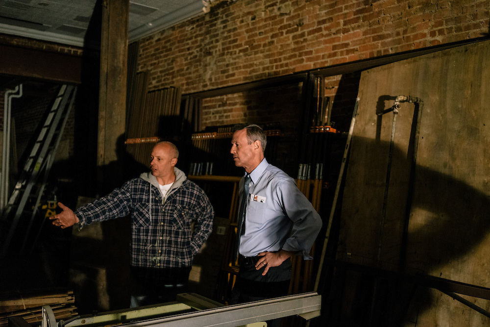 Former Maryland Governor Martin O'Malley tours The Fat Cat Art Gallery and Studio with owner and Baltimore resident Sergio Martinez, who relocated from Washington D.C. O'Malley is considering a run for President of the United States.