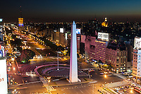 AVENIDA 9 DE JULIO, PLAZA DE LA REPUBLICA Y OBELISCO AL ANOCHECER, CIUDAD DE BUENOS AIRES, ARGENTINA (PHOTO © MARCO GUOLI - ALL RIGHTS RESERVED)