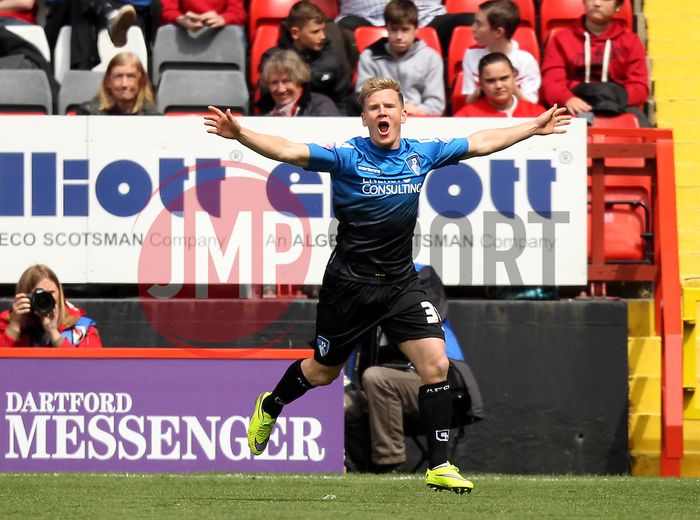Bournemouth's Matt Ritchie celebrates opening the scoring - Photo mandatory by-line: Robbie Stephenson/JMP - Mobile: 07966 386802 - 02/05/2015 - SPORT - Football - Charlton - The Valley - Charlton v AFC Bournemouth - Sky Bet Championsip