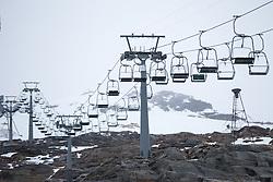 06.10.2015, Moelltaler Gletscher, Flattach, AUT, OeSV Medientag, im Bild Sessellift // chair lift during the media day of Austria Ski Federation OSV at Moelltaler glacier in Flattach, Austria on 2015 10/05. EXPA Pictures © 2015, PhotoCredit: EXPA/ Johann Grode