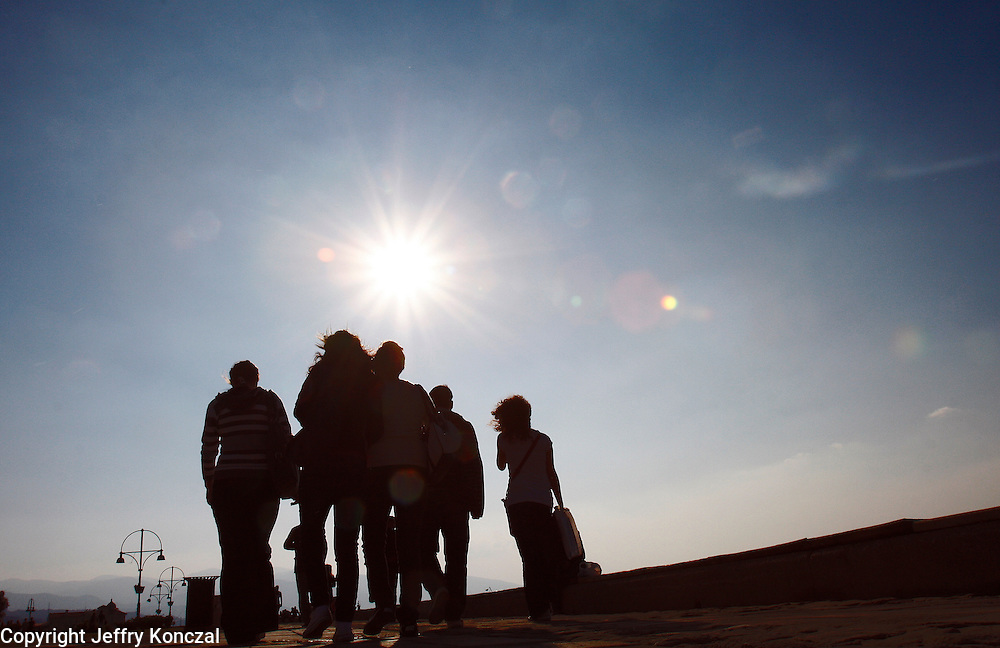 A group walk along Kordon Boyu Dinlenme Alanı park in Izmir, Turkey.