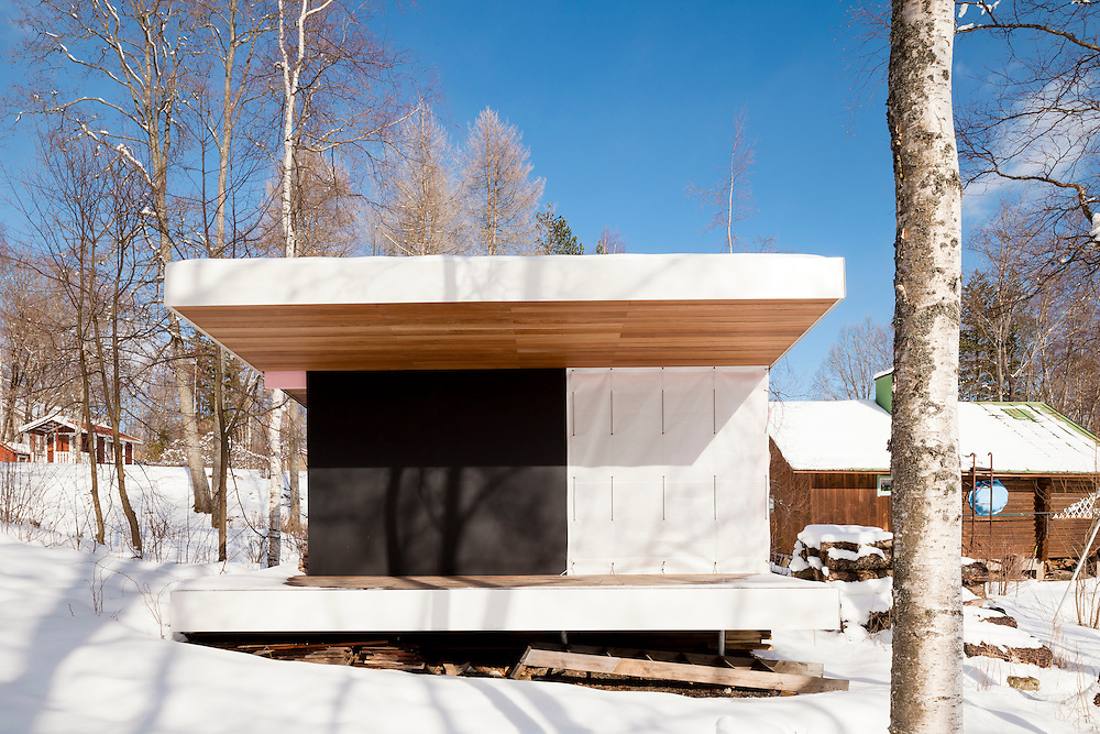 Rantasauna - Sauna by the lake by architects Grönholm & Ylimäki