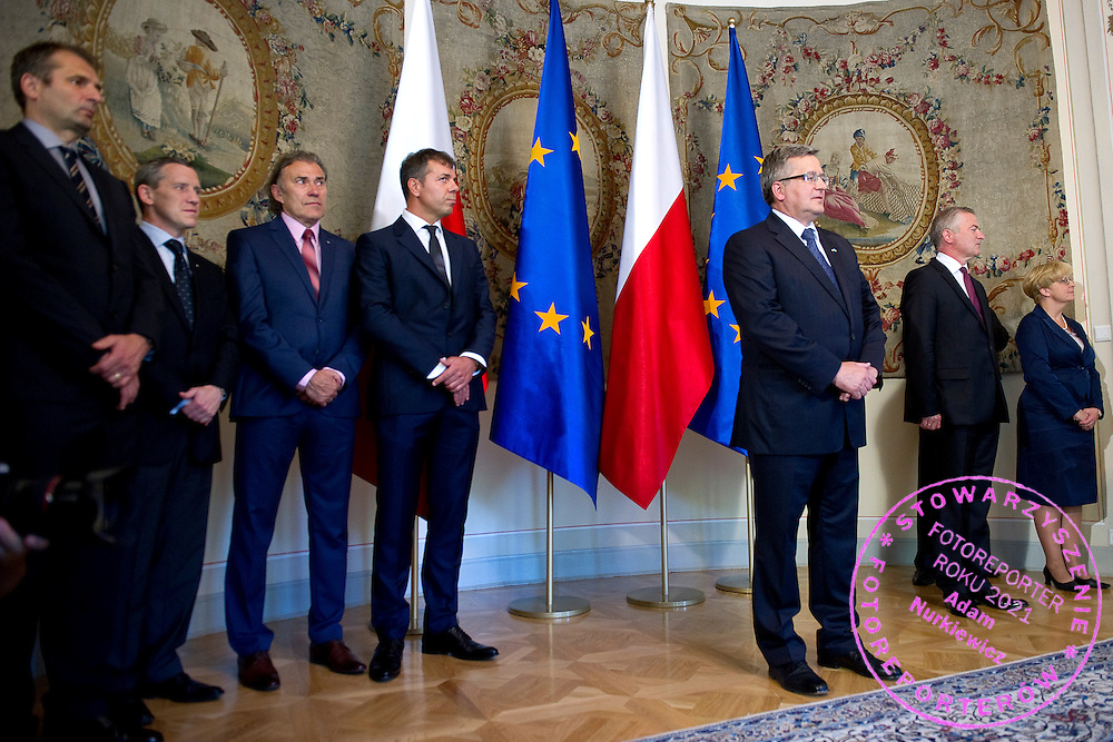 (L-R) Janusz Wojcik and Wojciech Andrzejewski and Jerzy Janowicz Senior and Krzysztof Suski - President of Polish Tennis Association and Bronislaw Komorowski - President of Poland during meeting in Belvedere Palace in Warsaw, Poland.<br /> <br /> Poland, Warsaw, July 08, 2013<br /> <br /> Picture also available in RAW (NEF) or TIFF format on special request.<br /> <br /> For editorial use only. Any commercial or promotional use requires permission.<br /> <br /> Photo by &copy; Adam Nurkiewicz / Mediasport