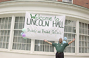 16596President McDavis greeting freshman students moving in Dorms visiting Lincoln Hall