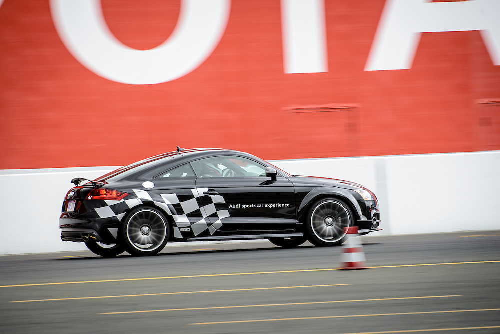 TTS heading into Turn 11 at Sonoma Raceway | Audi sportscar experience