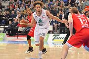 DESCRIZIONE : Torino Coppa Italia Final Eight 2012 Semifinale Montepaschi Siena EA7 Emporio Armani Milano<br /> GIOCATORE : Shaun Stonerook<br /> CATEGORIA : passaggio palleggio<br /> SQUADRA : Montepaschi Siena<br /> EVENTO : Suisse Gas Basket Coppa Italia Final Eight 2012<br /> GARA : Montepaschi Siena EA7 Emporio Armani Milano<br /> DATA : 18/02/2012<br /> SPORT : Pallacanestro<br /> AUTORE : Agenzia Ciamillo-Castoria/C.De Massis<br /> Galleria : Final Eight Coppa Italia 2012<br /> Fotonotizia : Torino Coppa Italia Final Eight 2012 Semifinale Montepaschi Siena EA7 Emporio Armani Milano<br /> Predefinita :