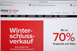 SYMBOLBILD - dress-for-less, dress for less, Logo, Emblem, Signet, Marke, Markenzeichen, Schriftzug, Startseite auf einem Computer, Bildschirmfoto // dress-for-lee, dress for less, logo, emblem, logo, brand, trademark, logo, homesite on a computer, screenshot. EXPA Pictures © 2016, PhotoCredit: EXPA/ Eibner-Pressefoto/ Fleig<br /> <br /> *****ATTENTION - OUT of GER*****